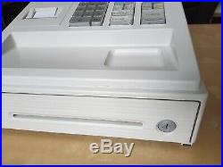 Sharp XE-A107-WH Till, Cash Register, immaculate condition with 2 keys